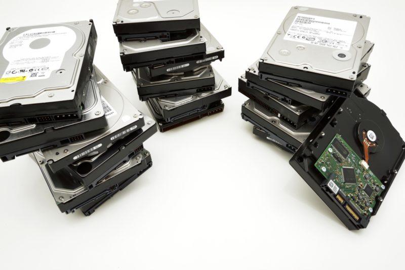 共有ハードディスクの管理PCとしてサーバ化