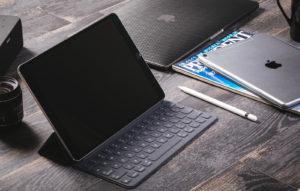 タブレットっぽくも使える2in1パソコンが人気